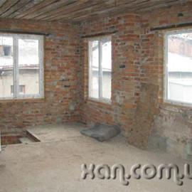Продам квартиру, Чеботарская ул. , 4  ком., 144 м², без внутренних работ